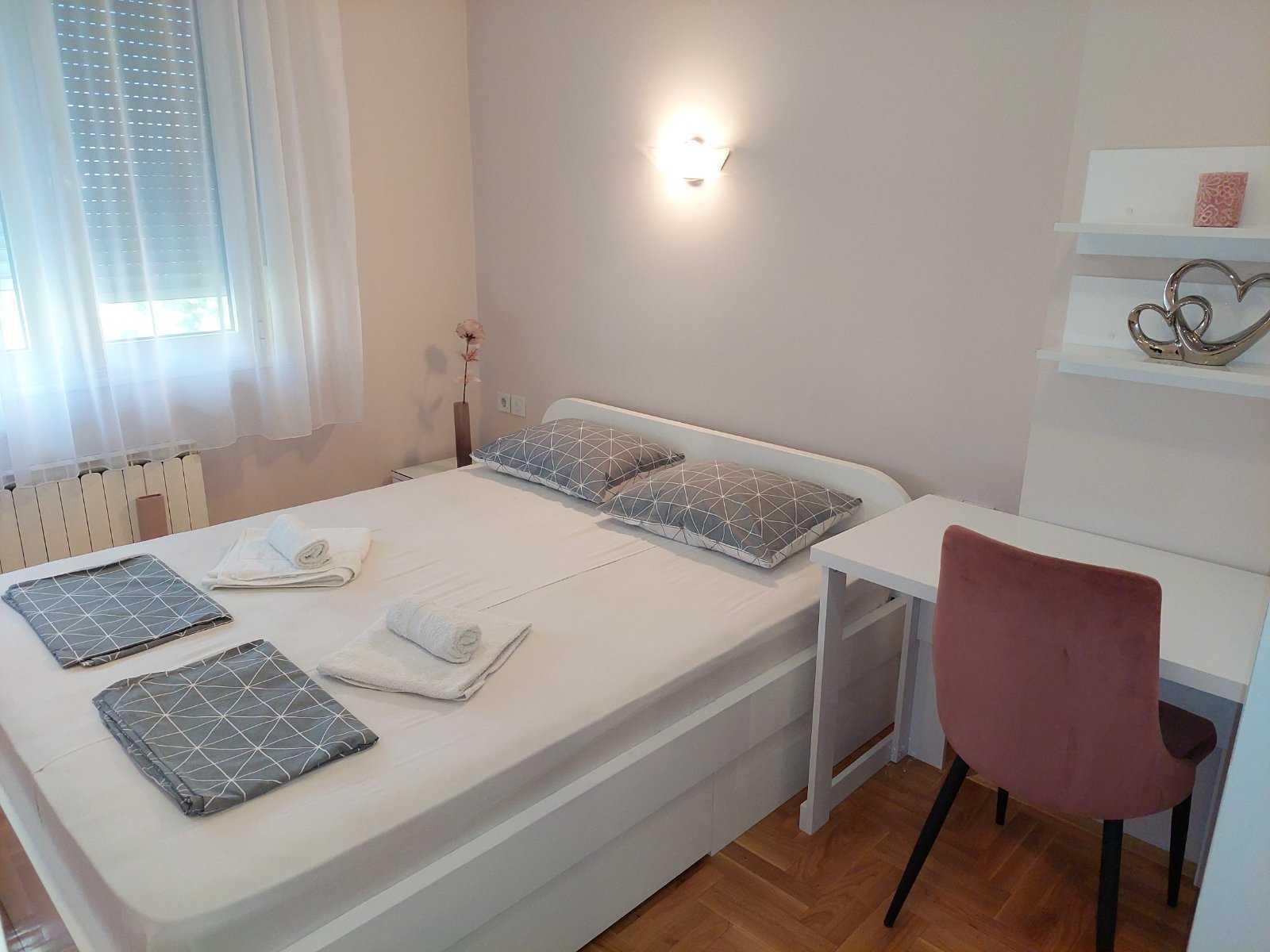 apartman tasa krevet